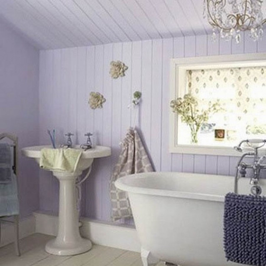DIY Country Bathroom Lavender Tub Decor Ideas