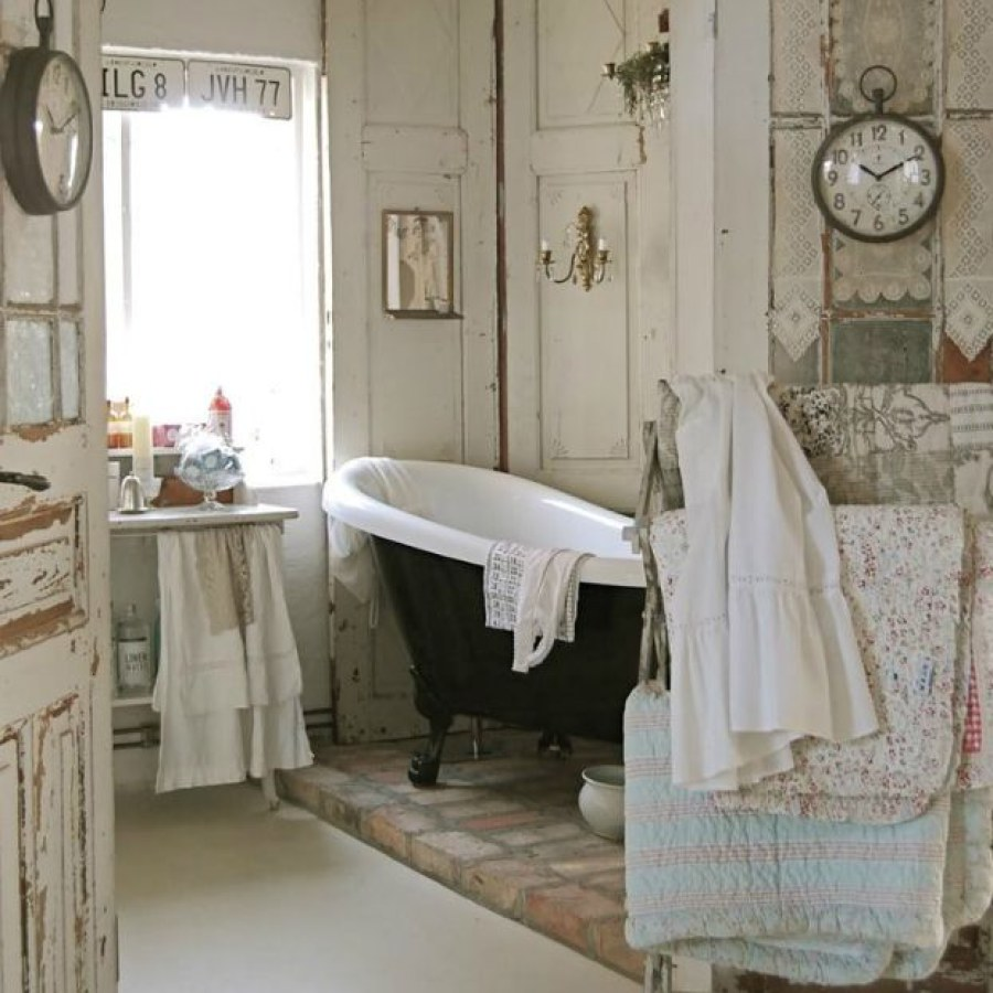 DIY Rustic Country Bathroom White Decor Ideas