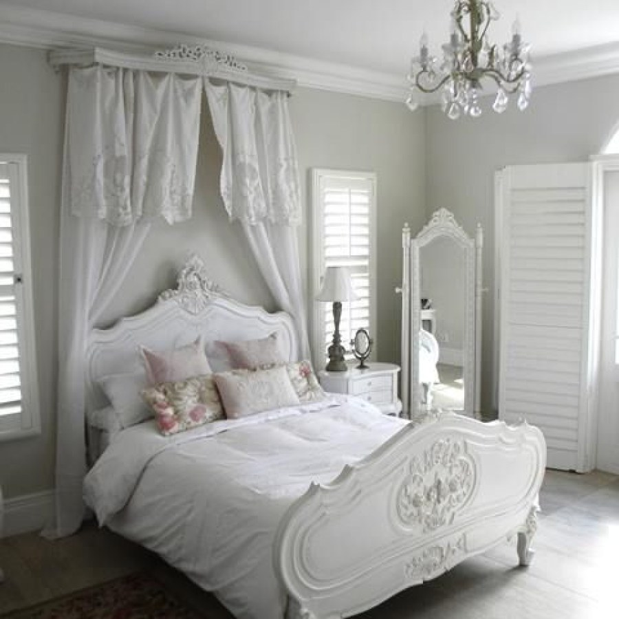 Simple White Shabby Chic Bedroom Project Decor Ideas