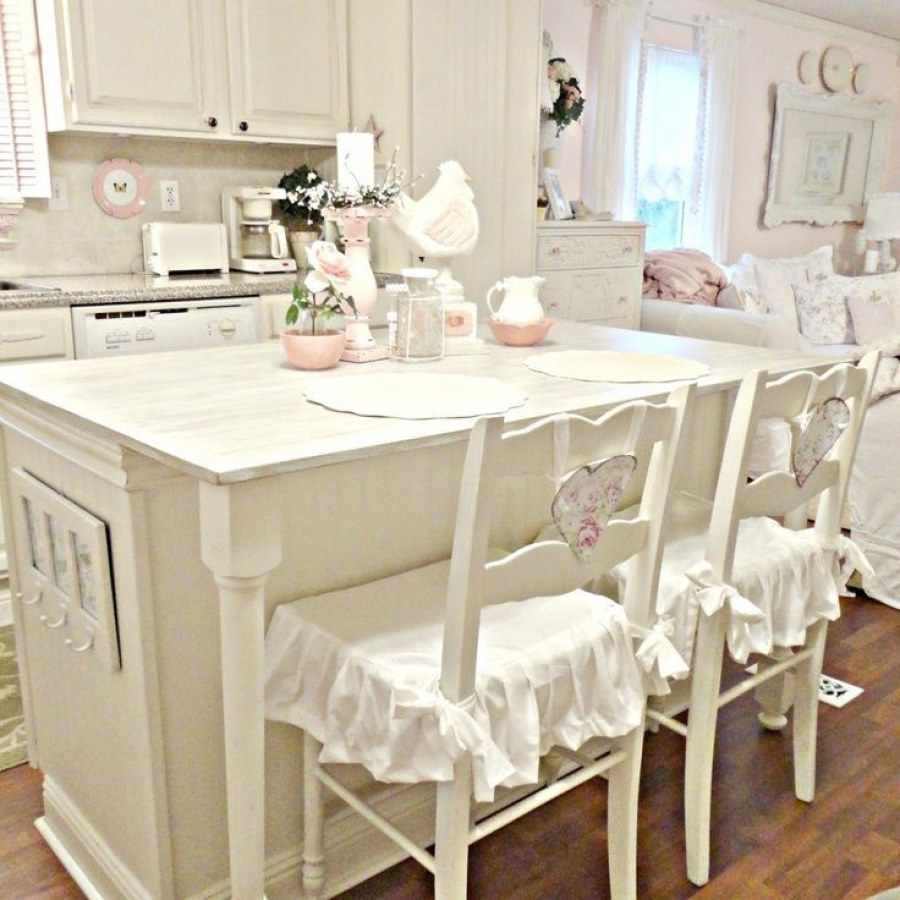 Shabby Kitchen Dining Table DIY Decor