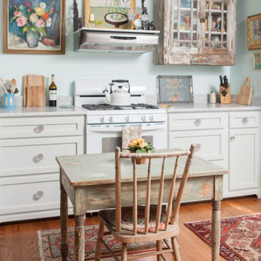 Farmhouse Shabby Kitchen Dining Table DIY Decor Ideas