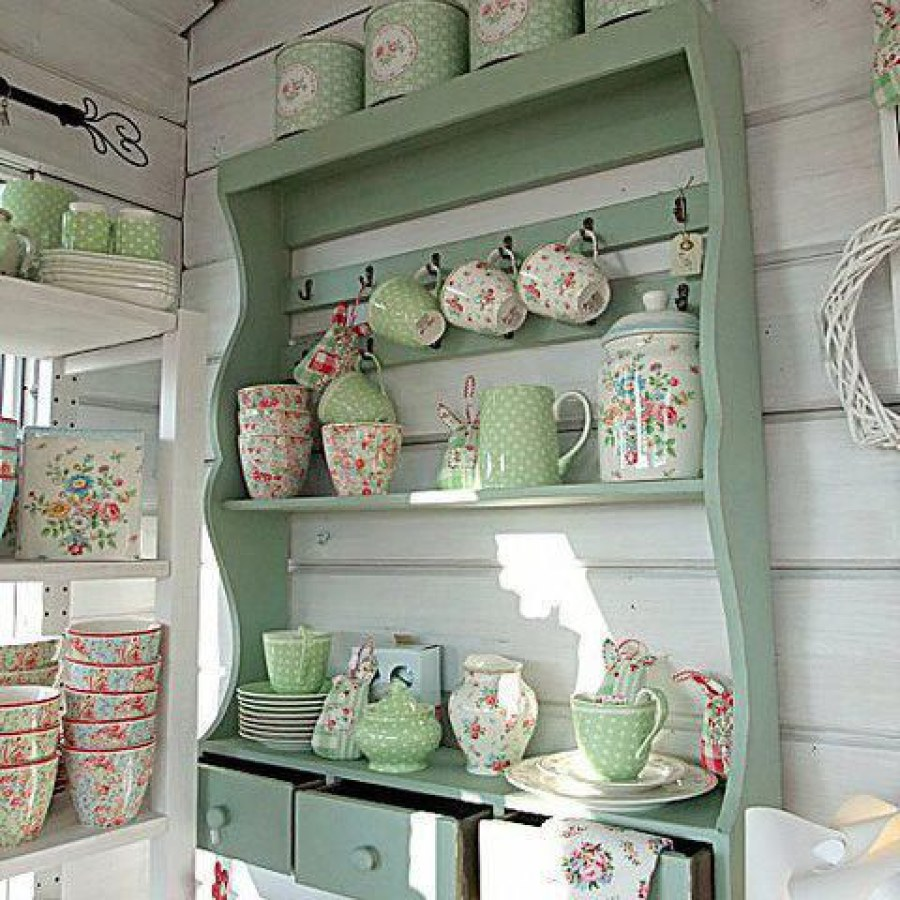 Shabby Kitchen DIY Wall Cabinet Decor Ideas