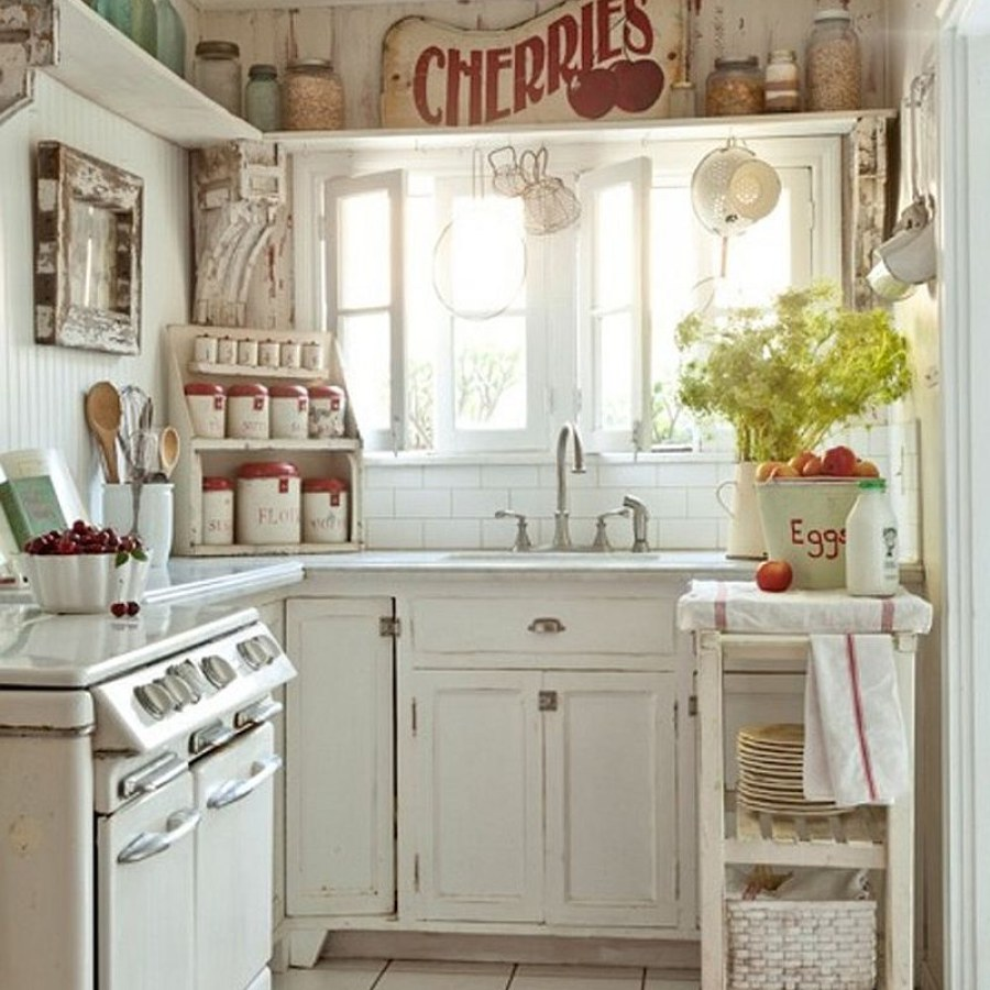 Shabby White Kitchen DIY Decor