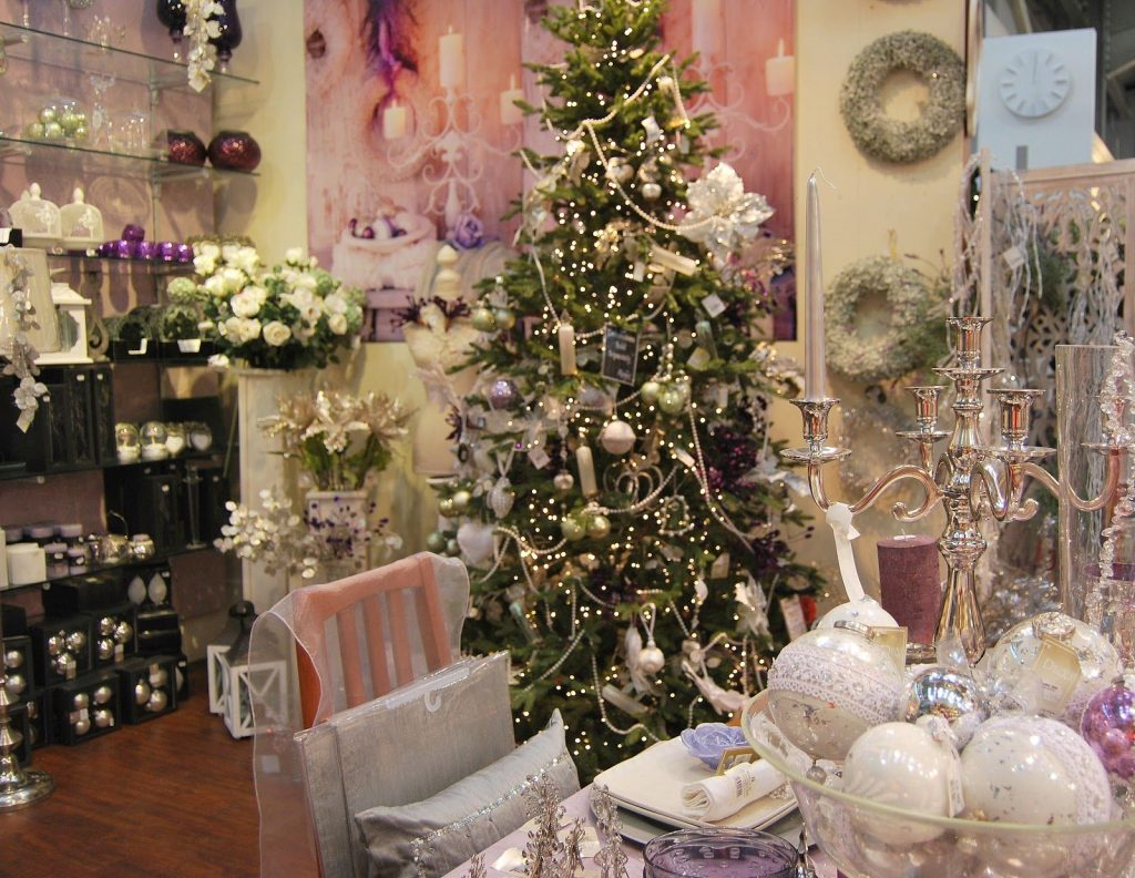 Elegant Shabby Chic Christmas Decor Ideas